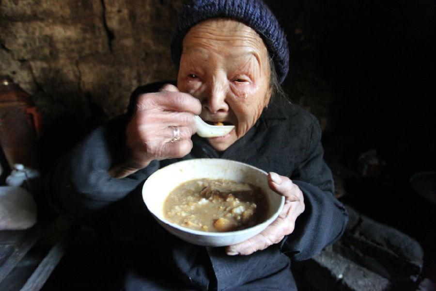 90岁老太17个儿女夭折 想热热闹闹过年 - 妙音 - 妙音的博客