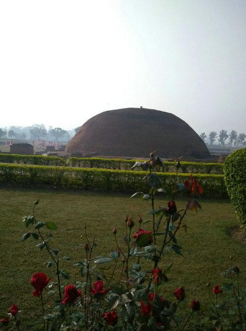 印度朝圣——吠舍离阿难舍利塔和一号古塔撷影