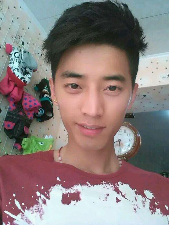 藏洋居士:震驚!戒色行善後面貌驚人的變化。附照片對比!